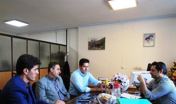 آنالیز واگذاری اراضی طرح های گردشگری داخل حریم شهرها در کردستان