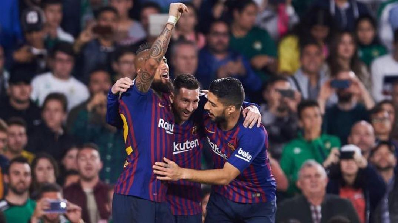 بارسلونا در صدر جدول دست نیافتنی تر شد