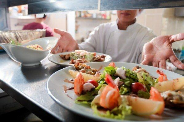 بایدها و نبایدهای طب ایرانی در خصوص تغذیه در فصل بهار