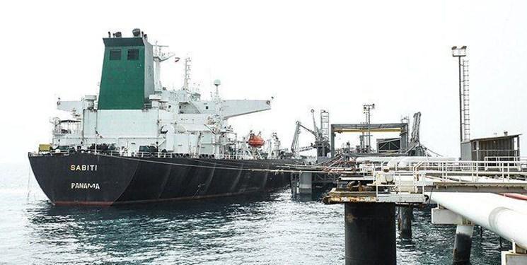 موسسه بین المللی مکان یابی شناورها : نفتکش ایرانی با سرعت مناسب به جهت خود ادامه می دهد