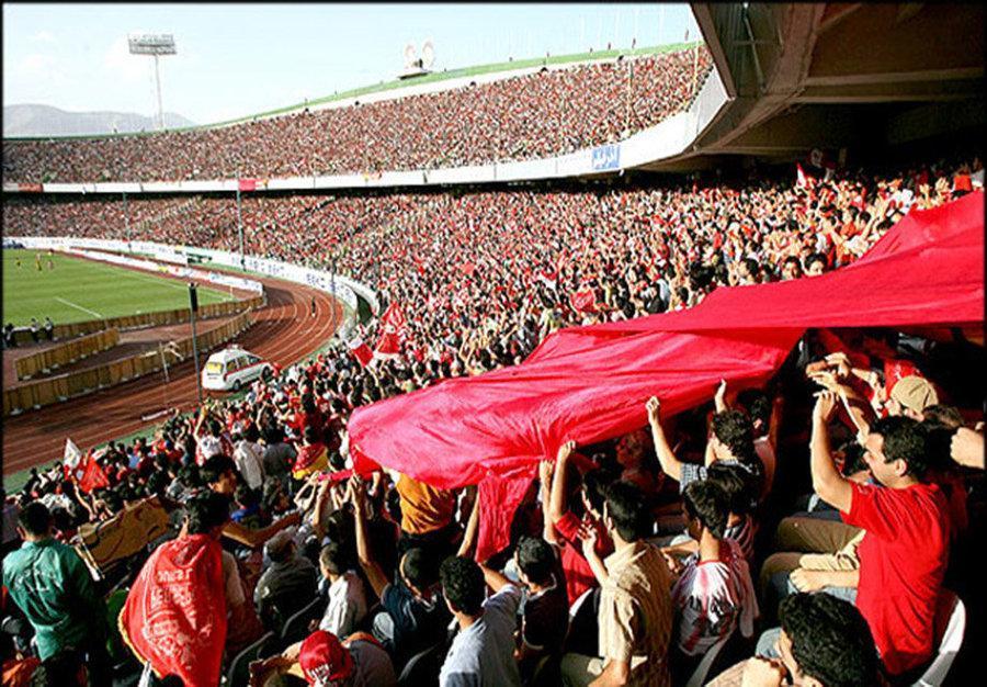 پیروزی فوتبال بر آلودگی هوا ، سه بازی هفته 12 لیگ در تهران و اصفهان برگزار می شود
