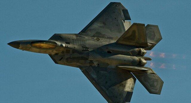سقوط F-22 آمریکایی در فلوریدا
