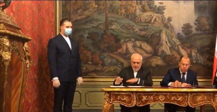 امضای اعلامیه مشترک ایران و روسیه در زمینه ارتقای حقوق بین الملل
