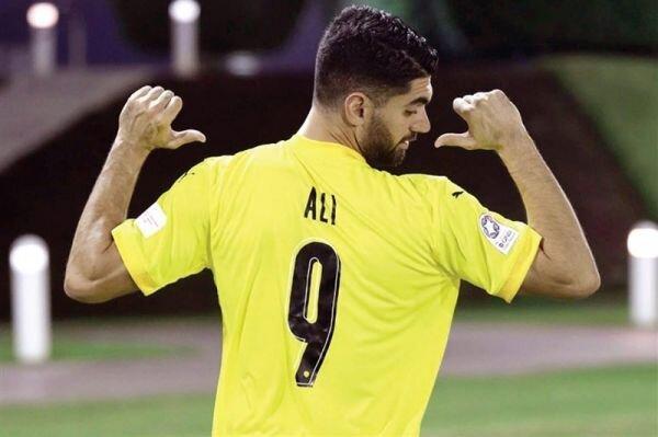 پیروزی قطر با حضور علی کریمی