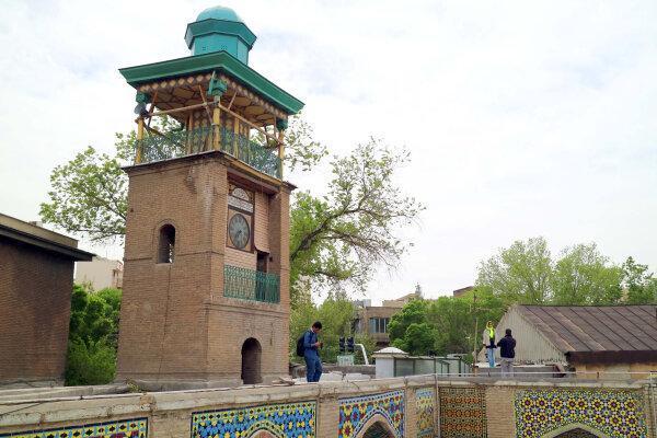 بازسازی قدیمی ترین ساعت شهری تهران شروع شد