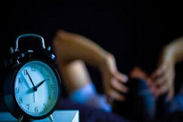 6 دلیلی که شما را نیمه شب از خواب بیدار می نماید!