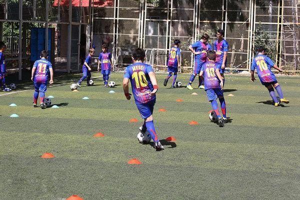 از والیبال ساحلی تا فوتبال بچه ها کار در دهه مبارک فجر