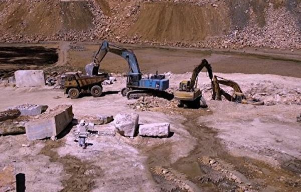 چرا حکم خلع ید مالک متخلف معدن قزل قیه اجرایی نمی شود؟
