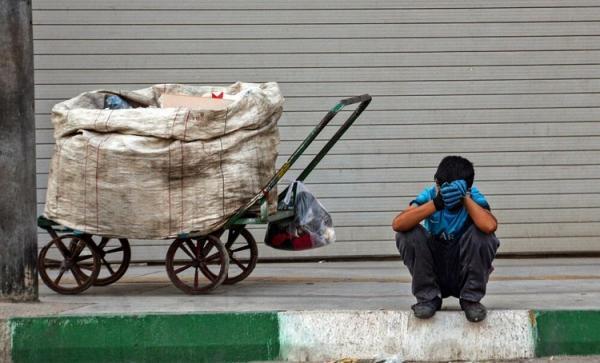 زباله گردی برای بقا در روز های سخت کرونایی